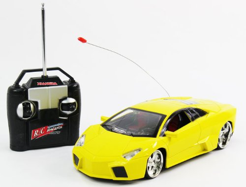 1:18 Scale Lamborghini Murcielago LP-670 (Yellow) High Quality working headlights, underlights, Full Function DVD Image